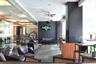 Diamond Suites and Residences - Bar