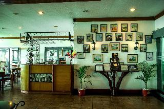 Days Hotel by Wyndham Tagaytay - Diele