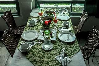 Days Hotel by Wyndham Tagaytay - Restaurant