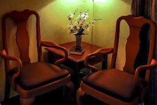 Days Hotel by Wyndham Tagaytay - Zimmer