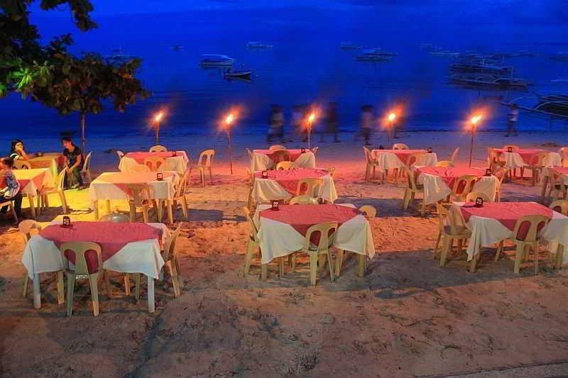 Lost Horizon Beach Dive Resort - Restaurant