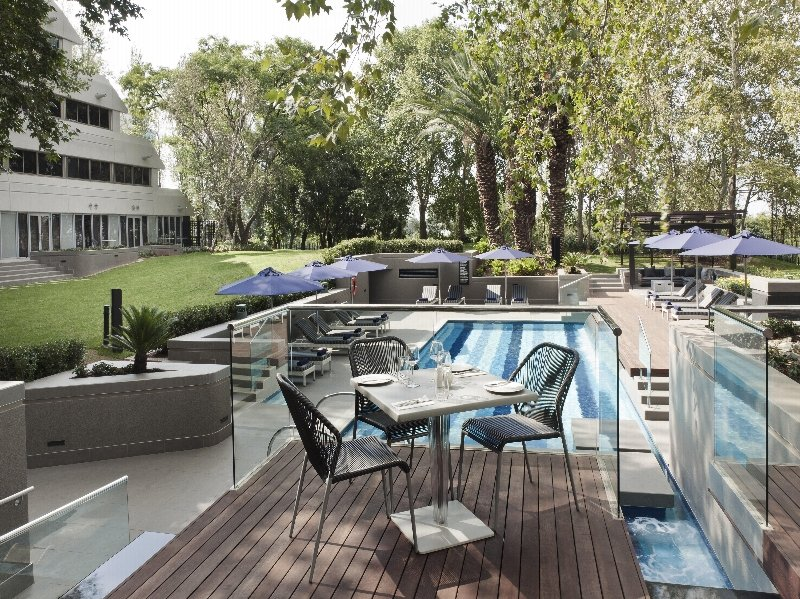 The Maslow Hotel - Terrasse
