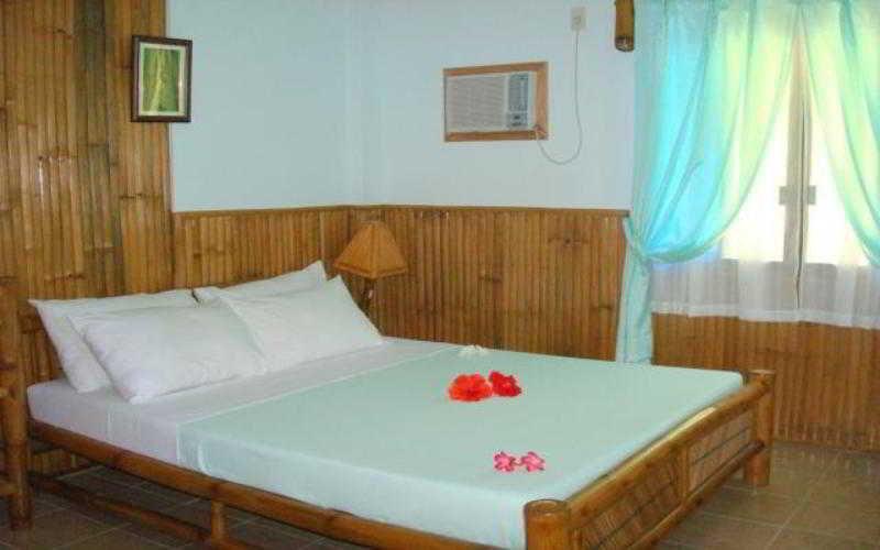 Hof Gorei Beach Resort - Zimmer