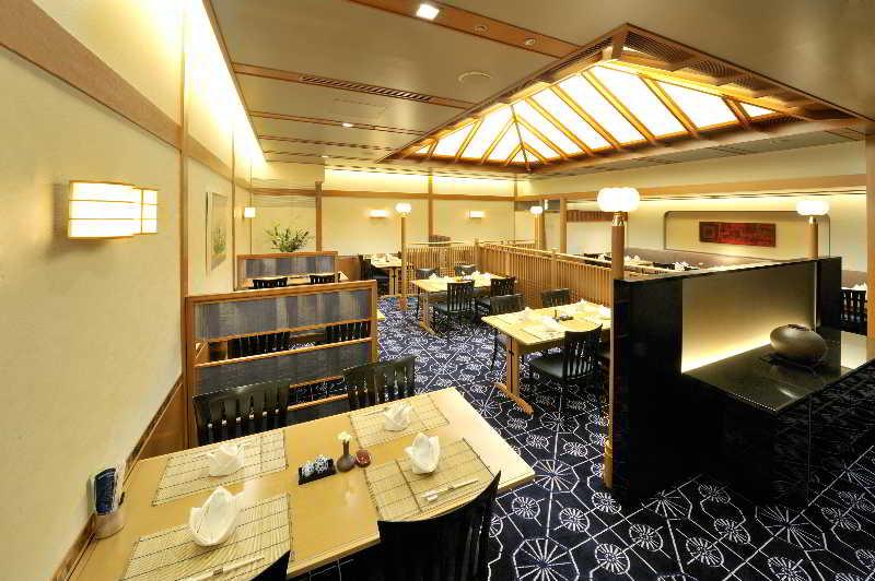 Hotel Granvia Okayama, 1-5 Ekimoto-machi, Kita-ku,…