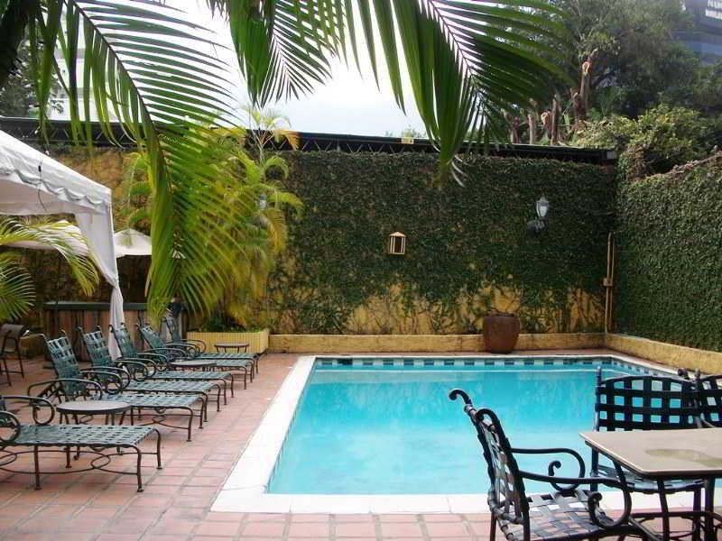 Continental Altamira - Pool