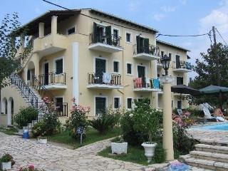 Charietta Apartments