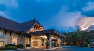 Taal Vista Hotel, Tagaytay Nasugbu Highway,