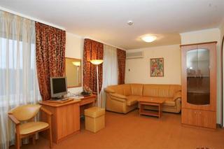 Ast Hof Park Hotel