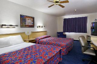Red Roof Inn Santa Fe, 4044 Cerrillos Road,