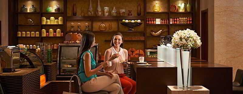 Raffles Makati - Restaurant