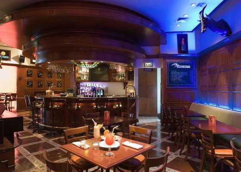 Marco Polo Davao - Bar
