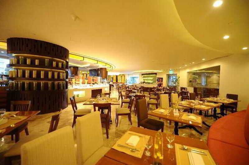 Marco Polo Davao - Restaurant