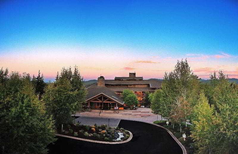 Sunriver Resort, 17600 Center Drive,