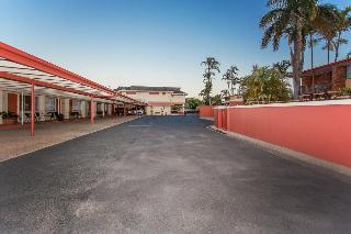 Mackay Rose Motel, 164 Nebo Road,164