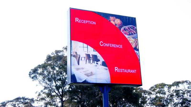 Econo Lodge Absolute…, 3300 Princes Highway,