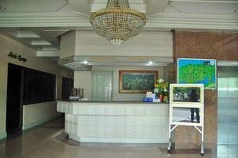Cebu Northwinds Hotel - Diele