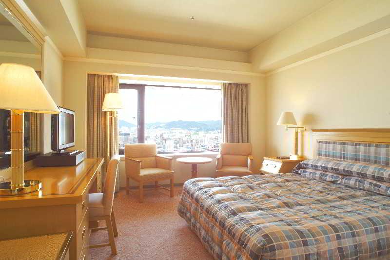 Hotel Okura Kobe image