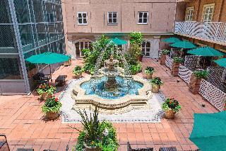 Namba Oriental Hotel, 2-8-17 Sennichimae, Chuo-ku,…