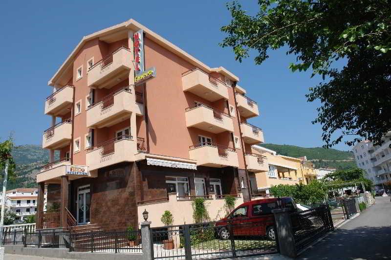 Garni Hotel Fineso, Mainski Put B.b.,