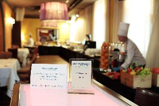 Best Western Hotel Cristal, 3 Lipowa Street,