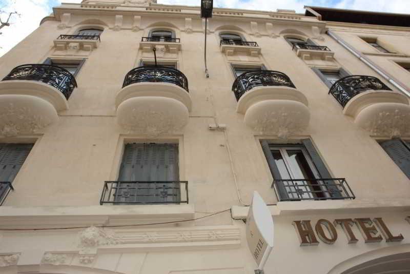 Regina Hotel, Rue De La Republique,6