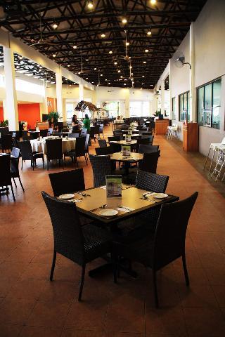 Caribbean Bay Resort-Bukit Gambang Resort City - Restaurant