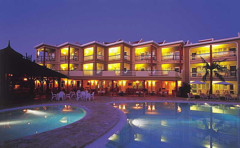 Tarisa resort & Spa, Coastal Road Mont Choisy,