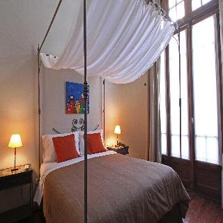 A Hotel - Zimmer