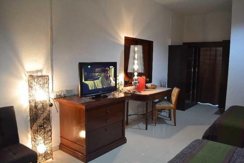 Rasa Eksotika Vacation Home - Zimmer