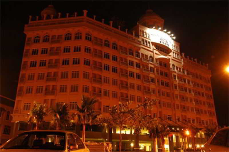 Grand Kampar Hotel, 2188 Jalan Timah,bandar Baru…