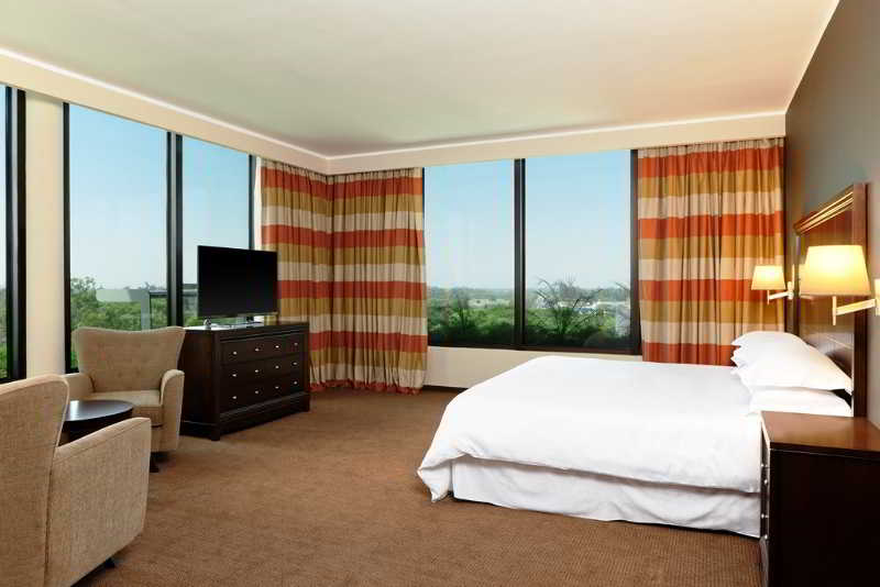 Sheraton Tucuman Hotel - Zimmer