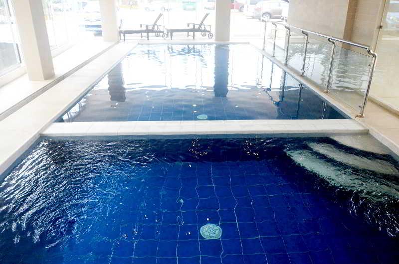 The Lake Hotel Tagaytay - Pool