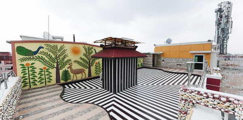 Sun Hotel Agra, Plot No. 4/305, Baluganj…