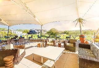 The Fairway Hotel & Golf Resort - Terrasse