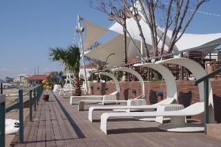 The Crescent Beach Hotel & Leisure Resort - Generell