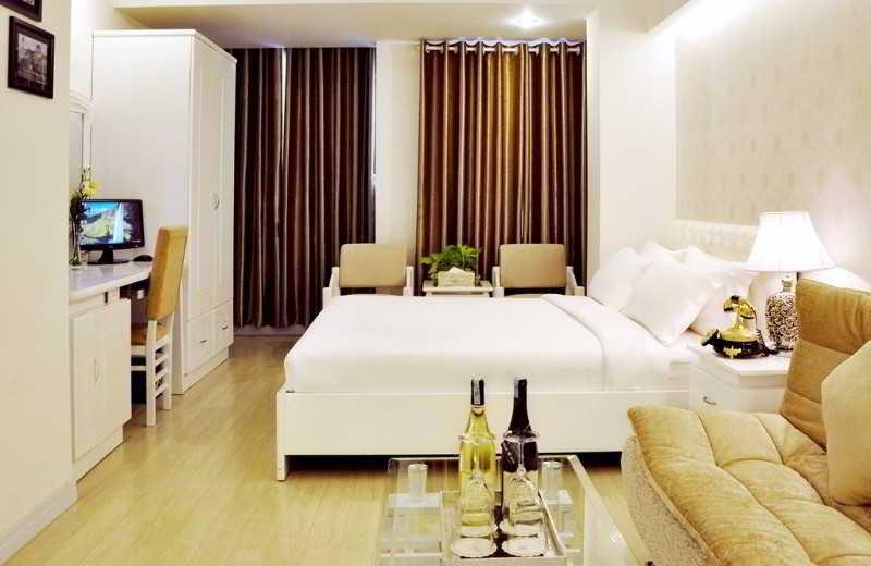 ザホワイトホテル イメージ画像