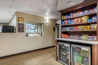 Comfort Inn & Suites, 2341 Shallowford Village…