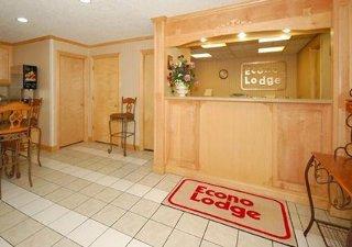 Econo Lodge West Dodge