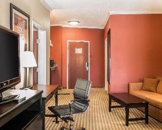 Comfort Suites, 264 North Tyndall Parkway,