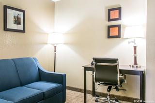 Comfort Inn & Suites…, 653 Phillips Lane,