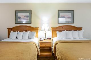 Quality Inn & Suites At Dollywood Lane