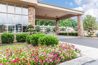 Quality Inn & Suites…, 3756 Parkway,