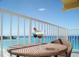 Radisson Aquatica Resort Barbados - Bar