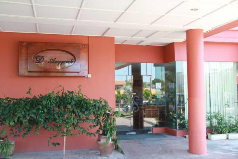 D'Anggerek Hotel, Lot 11044, Kg. Anggerek Desa,