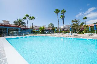 Gay Artemisa - Pool