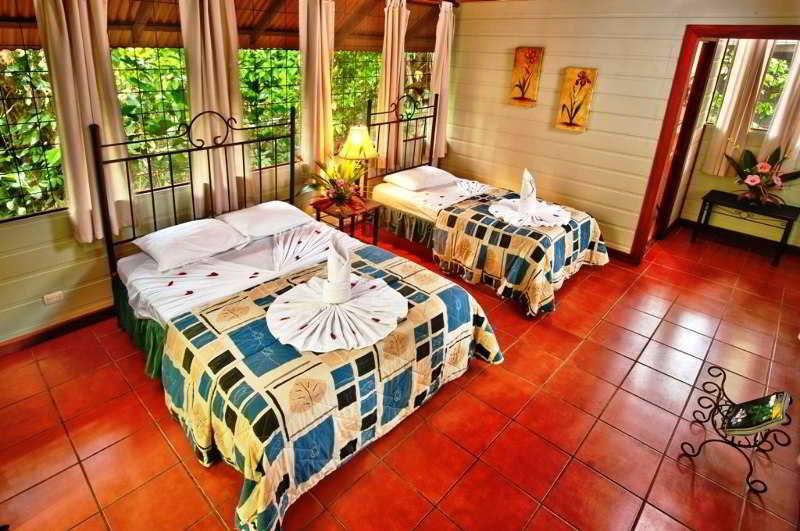 Aninga Lodge - Zimmer