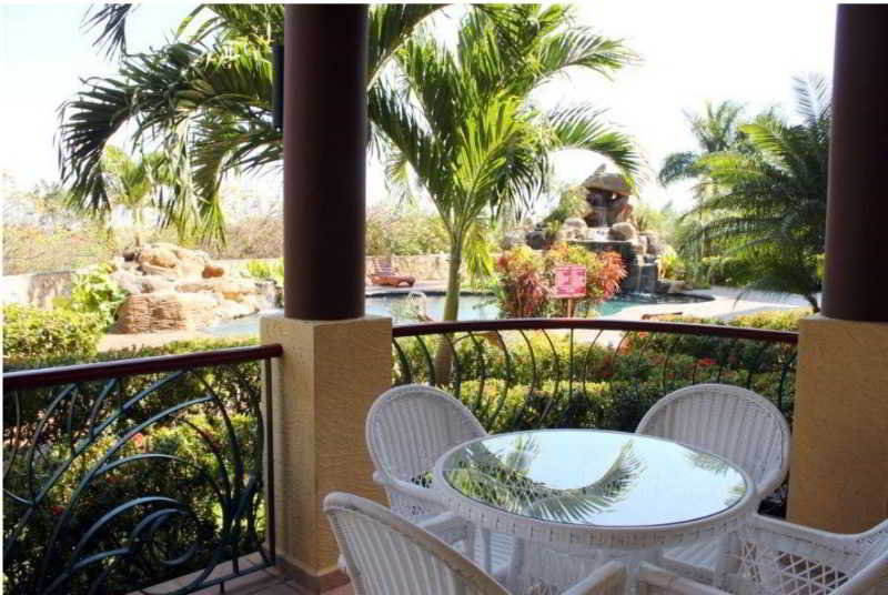 Clarion Suites Roatan…, French Harbour,