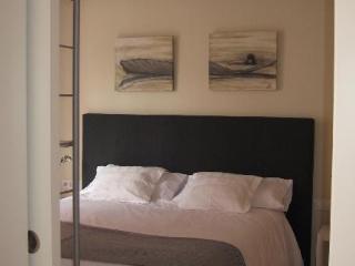 The Urban Suites. Com