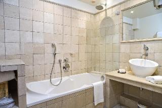 Hostellerie Berard &…, Rue Gabriel Peri,