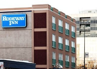 Rodeway Inn Voyager Hotel